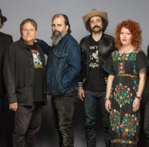 Steve Earle & The Dukes picture